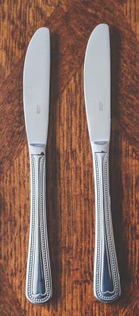 2knives
